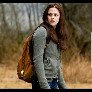 ISO of Bella Swan Twilight clothes XS and S